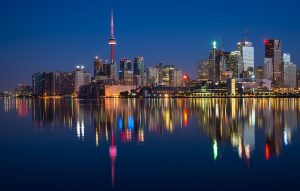 a view of Toronto by night