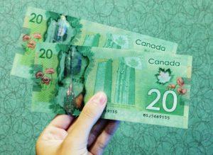 Two 20 Canadian dollar bills