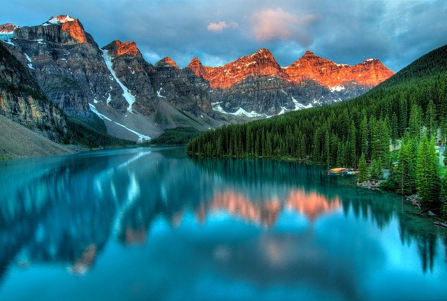 Nature, forest, and mountains of Canada.