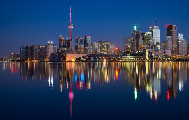 Toronto neighborhoods to consider before applying for a job in Canada.